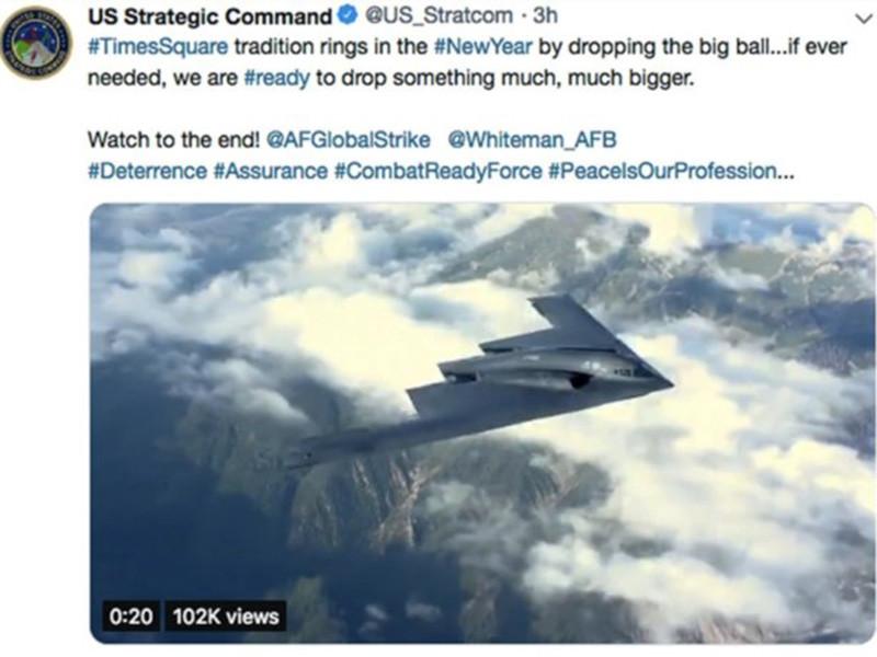 """Стратегическое командование США, которое курирует ядерный арсенал страны, извинилось за шутку в соцсетях о том, что оно готово при необходимости сбросить на Таймс-сквер в Нью-Йорке нечто """"гораздо, гораздо большее, чем новогодний шар"""""""