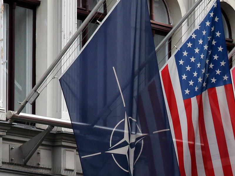 """Палата представителей конгресса США подавляющим большинством голосов (357 - """"за"""" и 22 - """"против"""") проголосовала за законопроект, который запрещает президенту вывести Соединенные Штаты из Североатлантического альянса (НАТО)"""