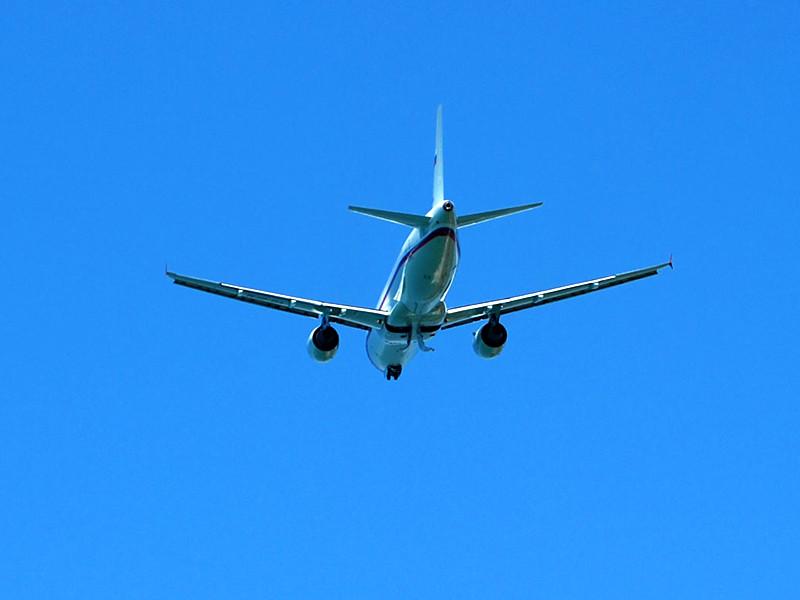 Авиакомпании вынуждены корректировать маршруты из-за эскалации конфликта между Индией и Пакистаном