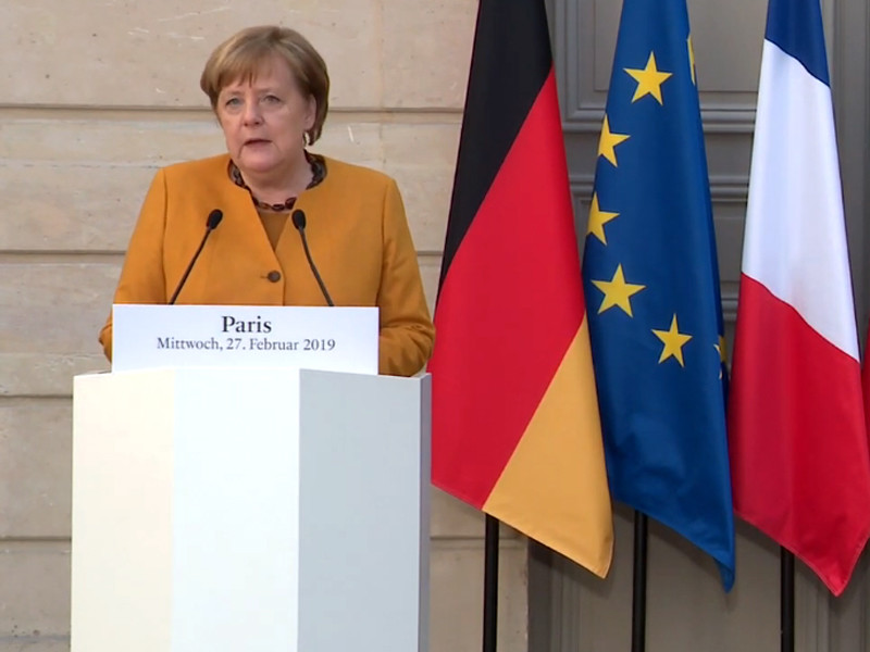 Об этом заявила в среду в Париже канцлер ФРГ Ангела Меркель на совместной пресс-конференции с президентом Франции Эмманюэлем Макроном