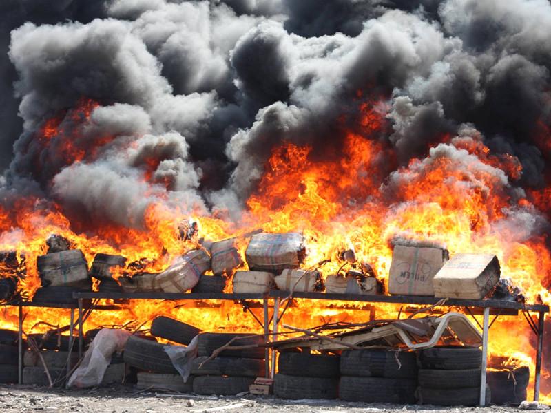 """Власти Кабо-Верде не говорят, какое наказание может грозить российским морякам за перевозку 10 тонн кокаина"""" />"""