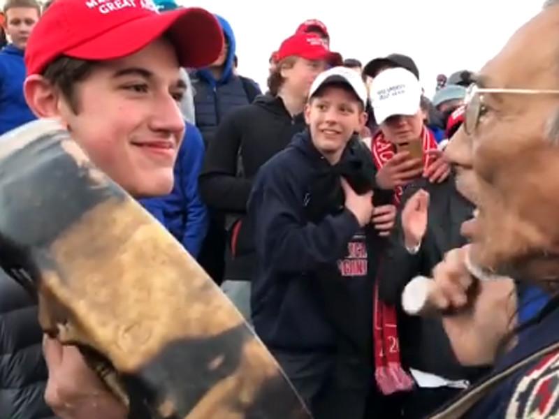 """""""Покажи им, Ник!"""": Трамп поддержал школьника, подавшего иск на 250 млн долларов к газете The Washington Post"""