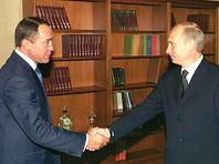 Лесин возглавлял Министерство печати, телерадиовещания и средств массовых коммуникаций России с 1999-го по 2004 год