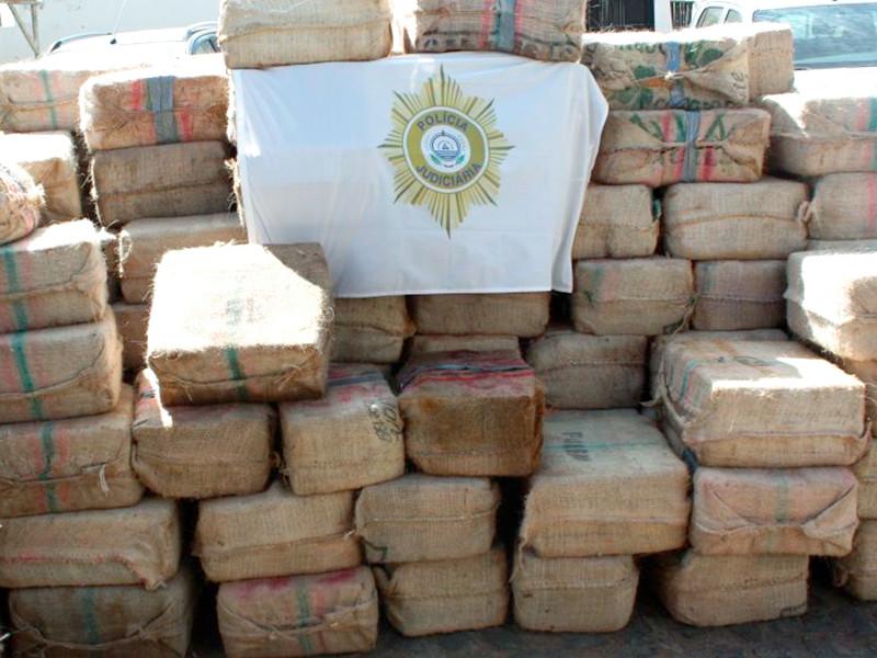 11 российских моряков задержали в Кабо-Верде по подозрению в контрабанде 9,5 тонны кокаина (ВИДЕО)