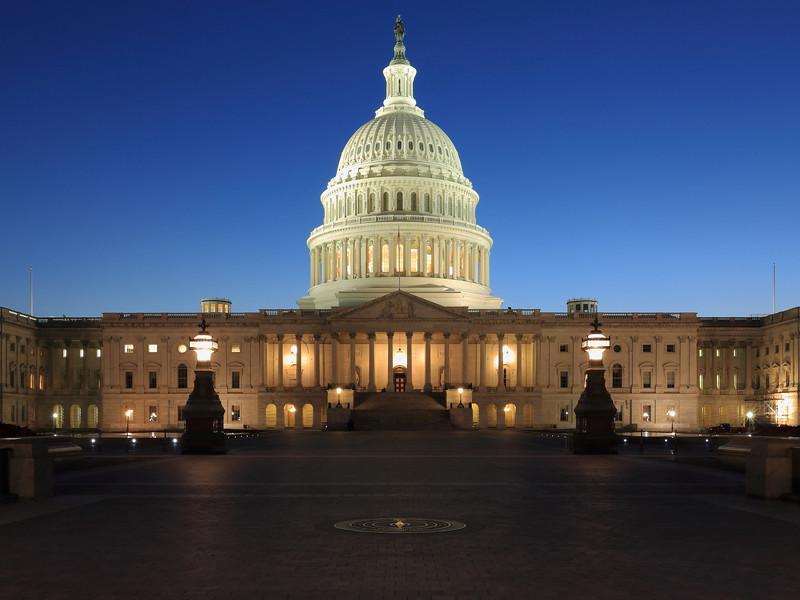 """В США два конгрессмена начали расследование связей Национальной стрелковой ассоциации с РФ"""" />"""
