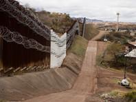 Чрезвычайное положение позволит президенту получить средства в размере около 8 млрд долларов для возведения стены без одобрения американского Конгресса