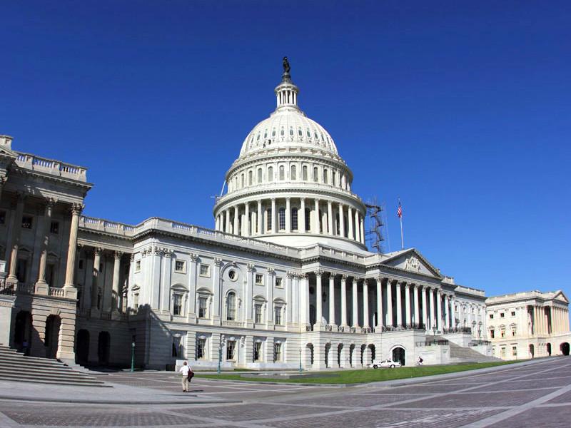 В палате представителей подготовили законопроект с требованием к разведывательному сообществу США представить данные о размерах доходов и имуществе президента России Владимира Путина
