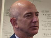 Основатель Amazon заявил, что его шантажируют откровенными фото