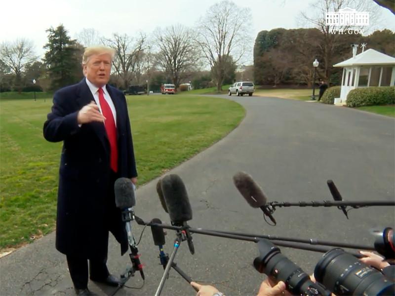 США собираются сохранить введенные против китайской продукции таможенные пошлины на продолжительный период времени, заявил в среду президент США Дональд Трамп в беседе с журналистами на Южной лужайке Белого дома