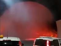 На северо-западе Италии автомобилисты спаслись от огненного смерча в тоннеле (ФОТО, ВИДЕО)