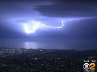 Удивительное световое шоу в Калифорнии: за пять минут небо озарили около 1500 молний (ФОТО, ВИДЕО)