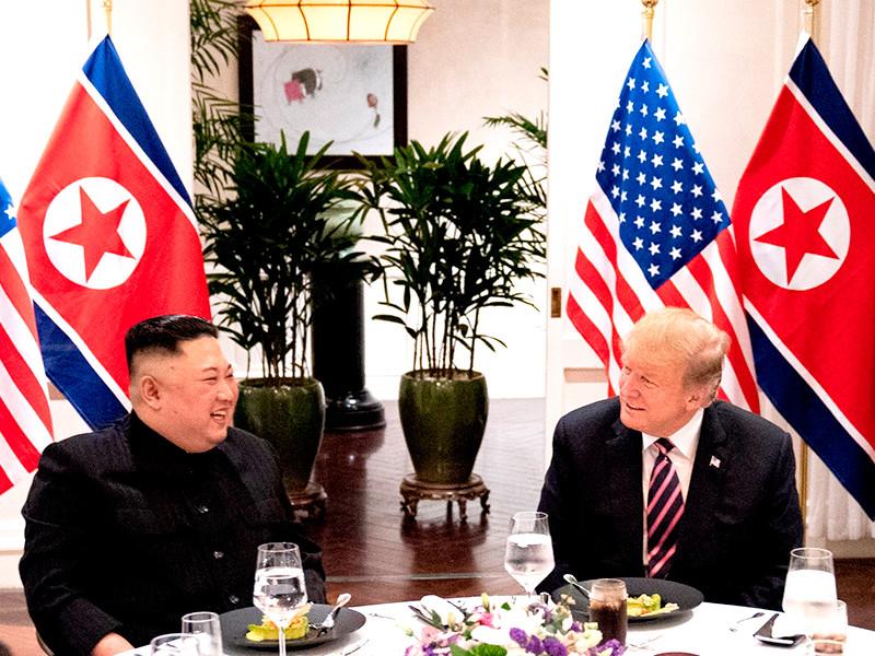 """Reuters: на провальном саммите в Ханое Трамп требовал передать США все северокорейское ядерное оружие"""" />"""