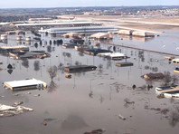 Авиабаза ВВС США в Небраске серьезно пострадала от наводнения (ФОТО, ВИДЕО)