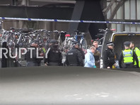 В два аэропорта и на вокзал Лондона разослали конверты со взрывчаткой, один из них самовозгорелся (ФОТО)