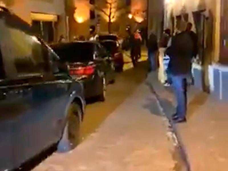 Кортеж Медведева с мигалками произвел фурор на узких улочках Люксембурга. Местные министры ходят пешком