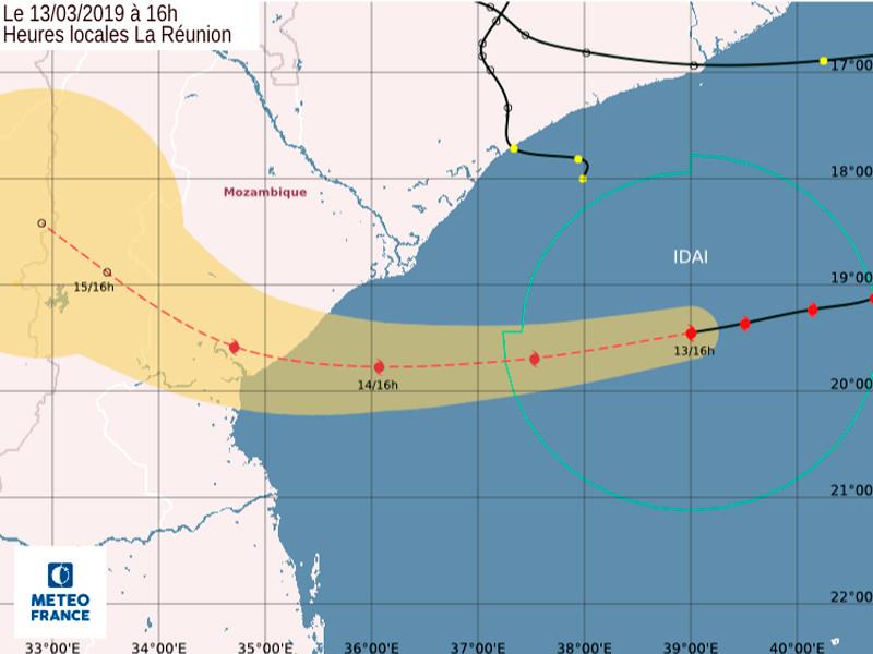 """Тропический циклон """"Идай"""", унесший жизни 70 человек в Малави и Мозамбике, вновь надвигается на материк"""