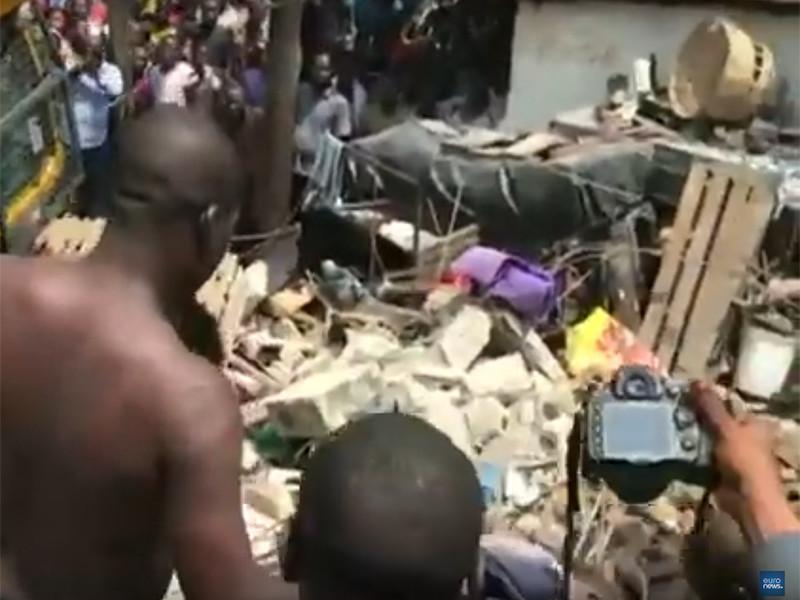 В Нигерии обрушилась школа, под завалами оказались более 100 человек