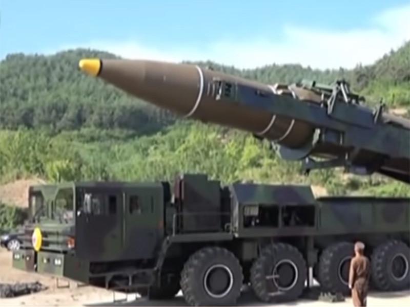 В КНДР в присутствии северокорейского лидера Ким Чен Ына испытали тактическое управляемое оружие нового типа