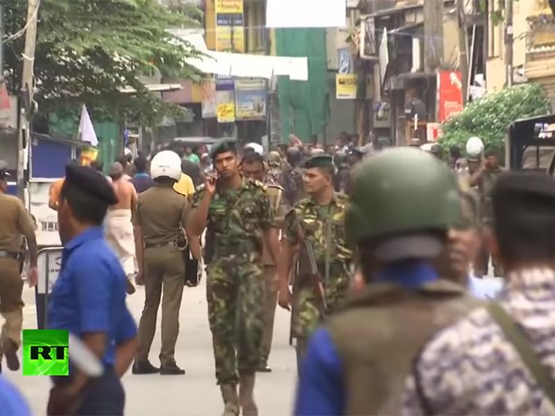"""Число жертв взрыва на Шри-Ланке выросло до 321 человек"""" />"""