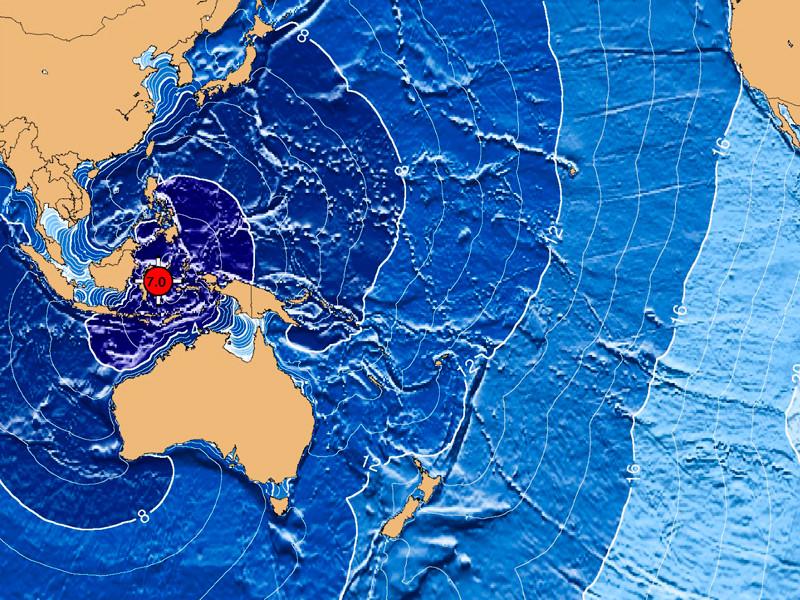 После землетрясения магнитудой 6,8 у индонезийского острова Сулавеси объявляли предупреждение о цунами, позже оно было снято