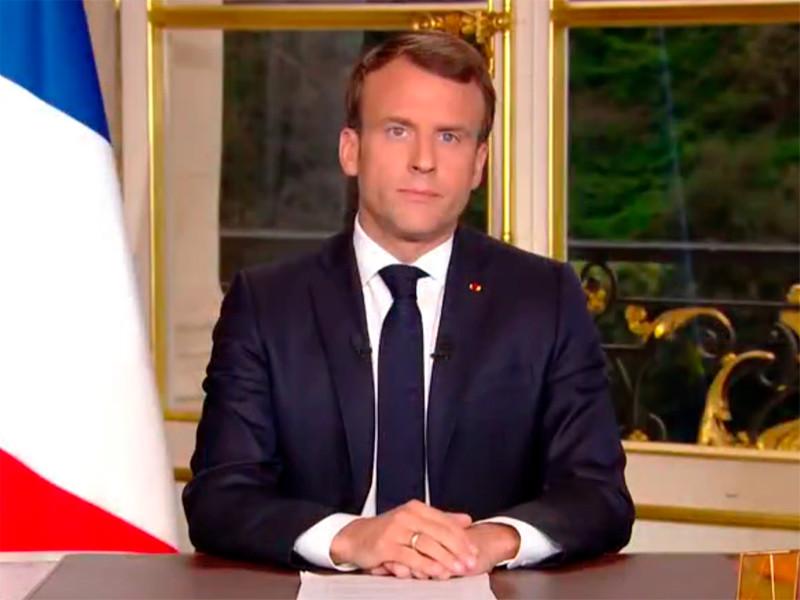 Президент Франции Эмманюэль Макрон считает возможным восстановить пострадавший от пожара собор Нотр-Дам и призывает завершить работы по реконструкции в течение пяти лет. Об этом он заявил во вторник в телевизионном обращении к гражданам