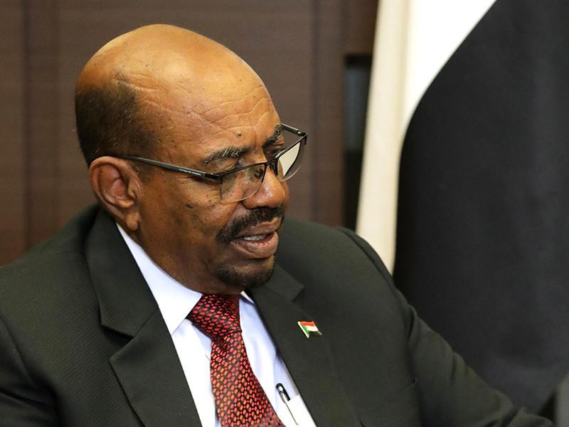 """Структуры, подконтрольные """"путинскому повару"""", бизнесмену Евгению Пригожину, на протяжении последнего года пытались спасти от краха режим суданского диктатора Омара аль-Башира, используя внутрироссийские лекала"""