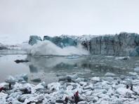 В Исландии туристы убежали от ледяного цунами (ВИДЕО)
