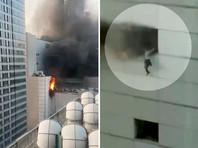Пожар в крупнейшем торговом центре Таиланда: люди выпрыгивали из окон (ФОТО, ВИДЕО)
