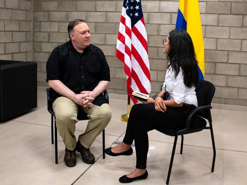Соединенные Штаты надеются, что правительство президента Венесуэлы Николаса Мадуро не станет арестовывать лидера венесуэльской оппозиции Хуана Гуайдо и его помощников. Об этом сообщил госсекретарь США Майкл Помпео в интервью колумбийской газете Tiempo