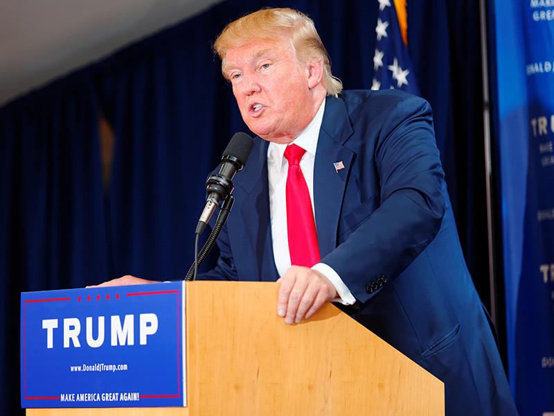 """Российские хакеры атаковали Демпартию США через несколько часов после """"наводки"""" Трампа"""" />"""