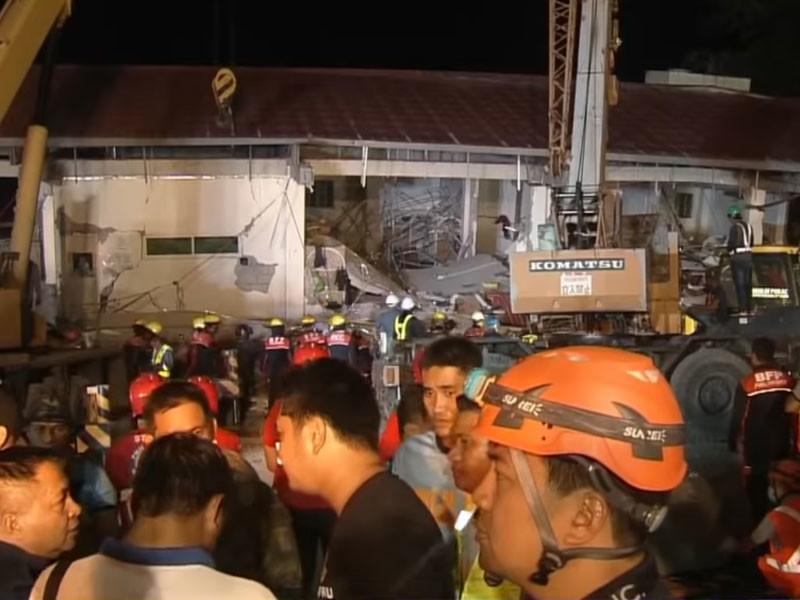 """Землетрясения на Филиппинах: жертвы на Лусоне, пролитый с крыши небоскреба бассейн и новый подземный толчок на Самаре (ФОТО, ВИДЕО)"""" />"""