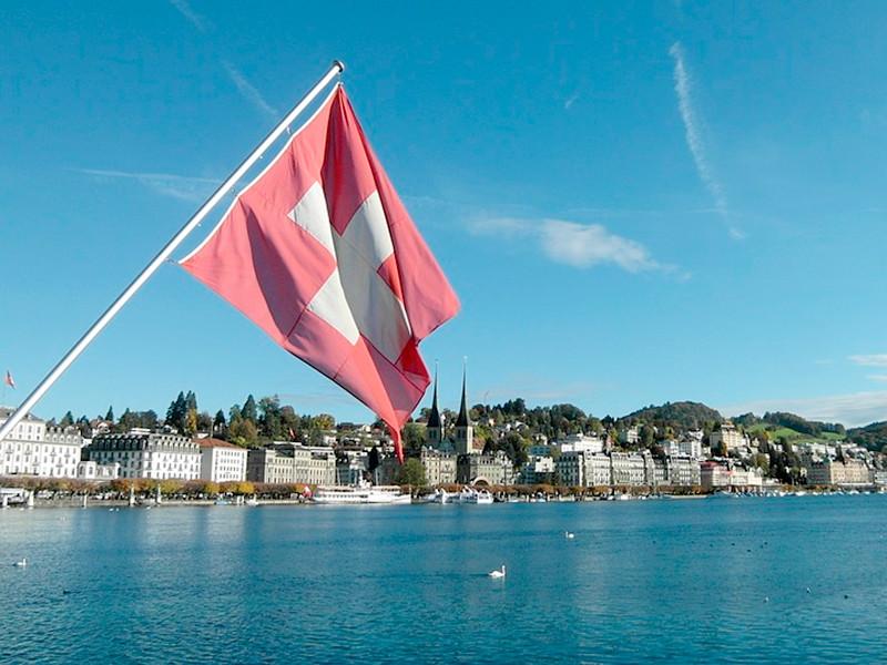 """Швейцарцы на референдуме высказались за ужесточение правил приобретения стрелкового оружия"""" />"""