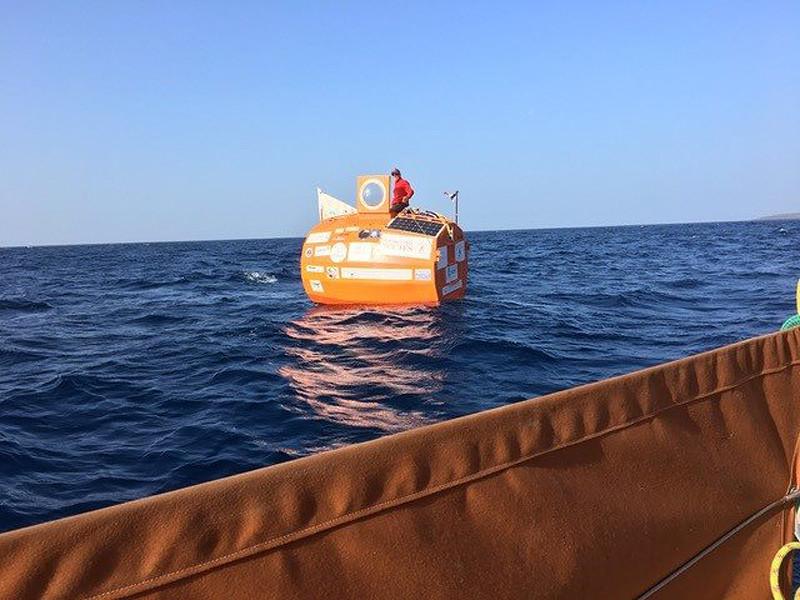 72-летний француз на бочке пересек Атлантический океан