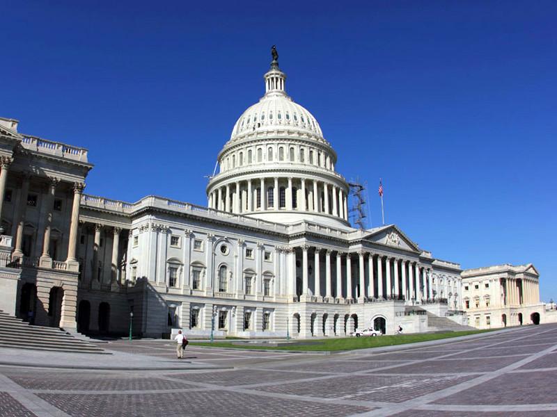 Комитет по финансовым услугам нижней палаты Конгресса опубликовал для общественного обсуждения черновик сводного законопроекта о новых санкциях против России