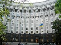 """""""Это зеркальные меры - эмбарго и спецпошлины на российские товары"""", - сказал он, отметив, что они будут касаться тех товаров, которые на Украине """"полностью производятся"""" либо же могут быть заменены альтернативными поставками"""