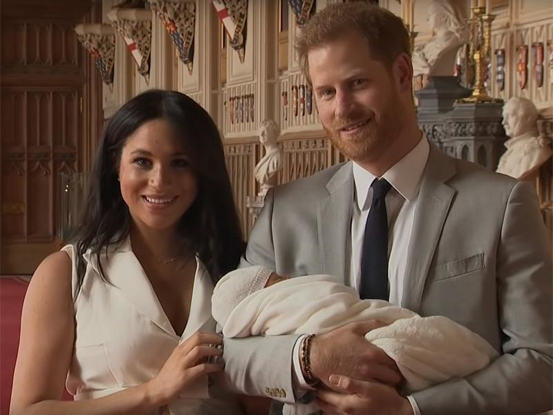Британская телерадиовещательная корпорация BBC уволила ведущего радиостанции BBC Radio 5 Live Дэнни Бейкера за пост в его Twitter, в котором он изобразил в виде шимпанзе новорожденного сына британского принца Гарри и его супруги Меган Маркл (герцог и герцогиня Сассекские)