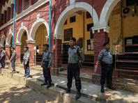 Лауреаты Пулитцеровской премии за статьи об убийстве мусульман-рохинджа в Мьянме вышли по амнистии после 500 дней в тюрьме (ФОТО)