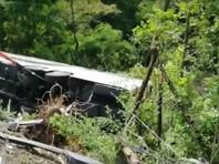 Водителя туристического автобуса, попавшего в ДТП в Италии, обвинили в убийстве и причинении вреда здоровью