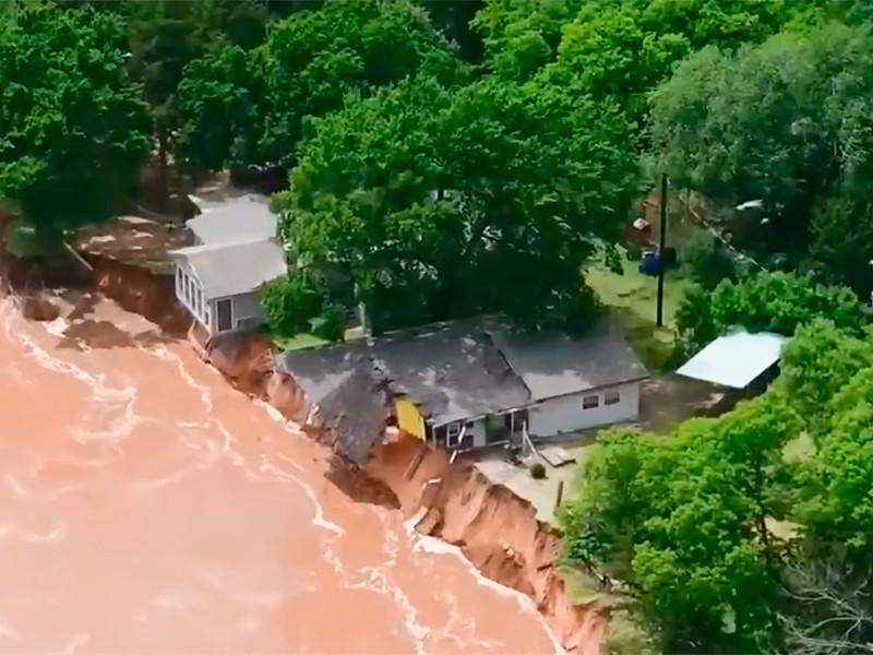 """Жертвами торнадо и наводнений в центральной части США стали 7 человек (ФОТО, ВИДЕО)"""" />"""