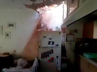 Около 15:00 ракета попала в один из жилых домов Кирьят-Гата, 80-летняя женщина получила осколочные ранения и была доставлена в больницу в состоянии средней тяжести. В Ашкелоне в результате попадания ракеты в жилой дом ранения получил 50-летний мужчина. Он также находится в состоянии средней степени тяжести