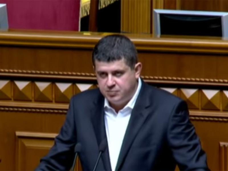 """Фракция """"Народного фронта"""" объявила о выходе из правящей коалиции. Об этом сообщил председатель фракции Максим Бурбак"""