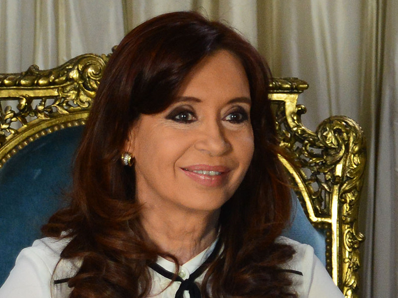 Аргентинский судья Клаудио Бонадио попросил прокуратуру подготовить бумаги, которые необходимы для начала судебных слушаний по делу об украденных исторических документах, найденных в доме сенатора и экс-президента Кристины Фернандес де Киршнер