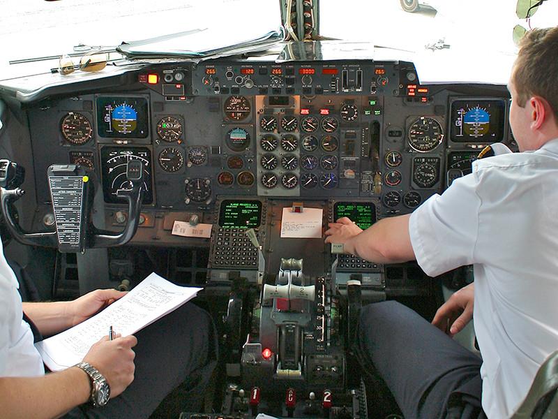 """Более 400 пилотов подали в суд на Boeing из-за сокрытия дефектов в самолетах"""" />"""