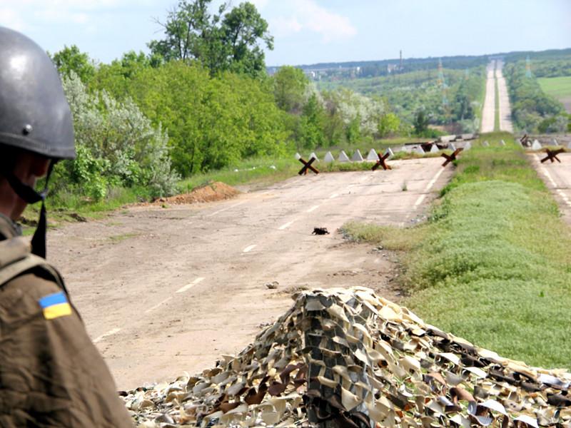 В Минске 5 июня прошла очередная встреча Трехсторонней контактной группы по урегулированию конфликта в Донбассе, в которую входят представители Украины, России и ОБСЕ. Договорились подготовить новое соглашение об установлении режима тишины на линии соприкосновения сторон