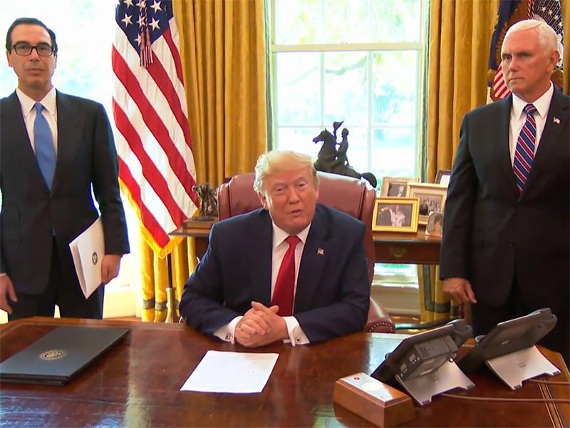 Президент США Дональд Трамп в понедельник подписал указ о введении новых жестких санкций в отношении Ирана