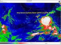 """На Индию надвигается тропический циклон """"Ваю"""": эвакуируют 300 тысяч жителей"""