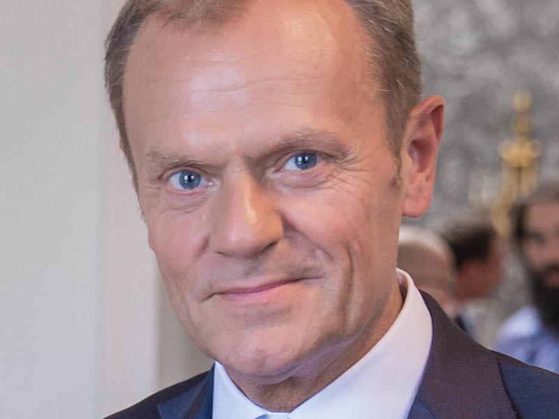 Председатель Европейского совета Дональд Туск прокомментировал слова президента России Владимира Путина о том, что современная либеральная идея окончательно себя изжила. Об этом сообщается на сайте европейского органа