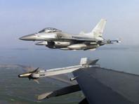 Агентство отмечает, что в ответ были подняты истребители южнокорейских ВВС, которые произвели предупредительные выстрелы. Инцидент произошел в районе островов Токто (Такэсима), расположенных к востоку от южной части Корейского полуострова и являющихся предметом спора между Сеулом и Токио
