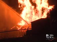 В американском штате Кентукки в результате пожара на двух складах производителя бурбона Jim Beam, что в городе Лексингтон, уничтожены как минимум 45 тысяч бочек виски, в каждой из которых находилось 200 литров сусла этого кукурузного бурбона