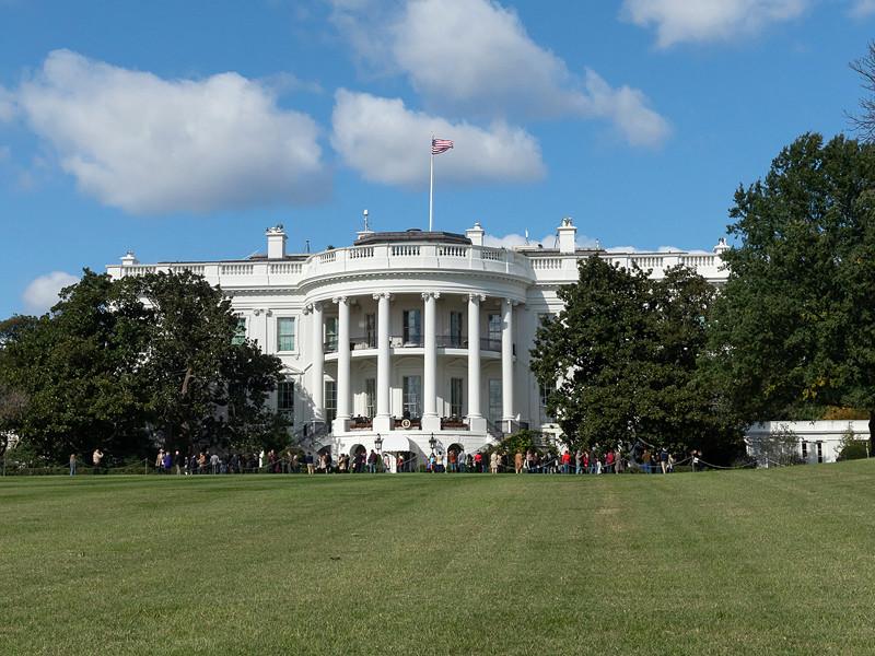 Администрация президента США существенно смягчила ограничения на сотрудничество американского бизнеса с китайской Huawei